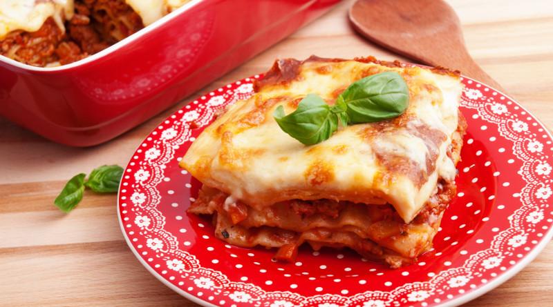 Lasagne plněné masovo-rajčatovou směsí